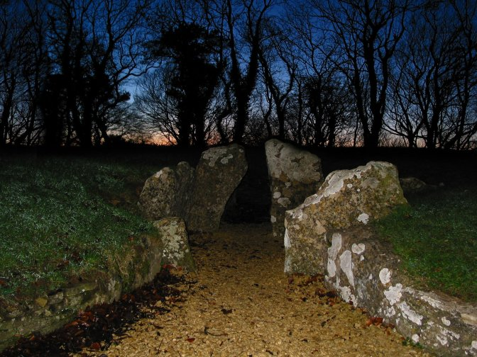 2006.12.16, Nympsfield Long Barrow at Sunset 2
